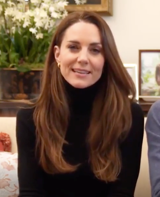Kate wore a gorgeous Aussie winter-approved outfit for the video.