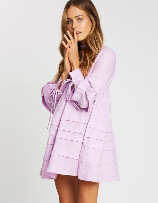 """Aere pleat detail linen smock dress, $139. **[Buy it online via The Iconic here](https://www.theiconic.com.au/pleat-detail-linen-smock-dress-1004481.html