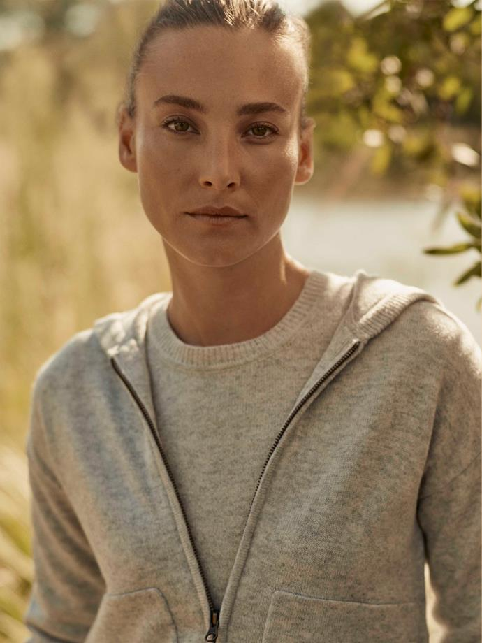 "[Merino cashmere cable detail crewneck](https://www.trenery.com.au/merino-cashmere-cable-detail-crewneck-60262406-9343?utm_source=DV360&utm_medium=Display&campaign=%20AreContentPartnership|target=""_blank""