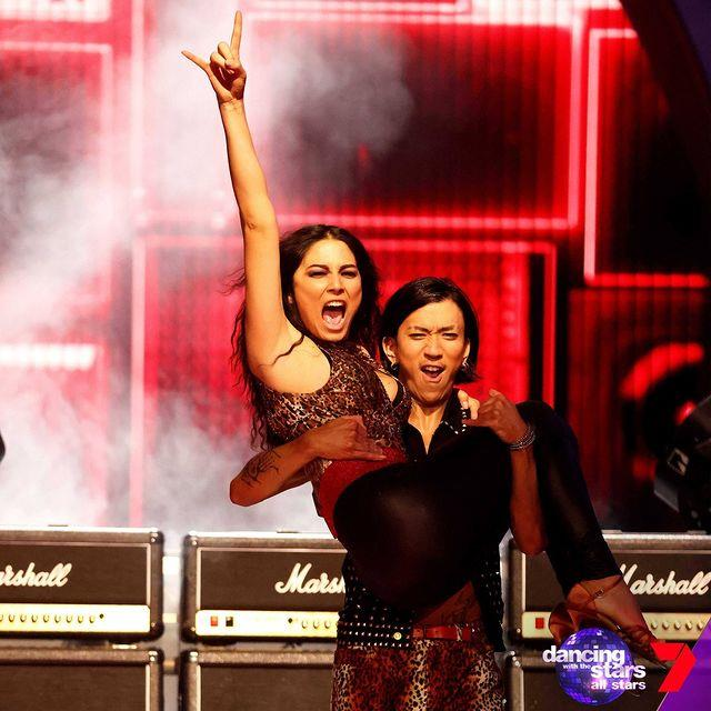 Wildcard and model Jessica Gomes tackled the jive, but it *just* missed the mark. she was the fourth celeb sent home.
