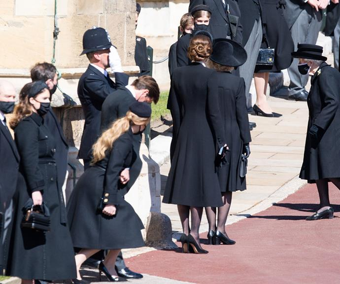 Showing her respect to her grieving grandmother, Princess Beatrice also gave a low and measured curtsy to the monarch.