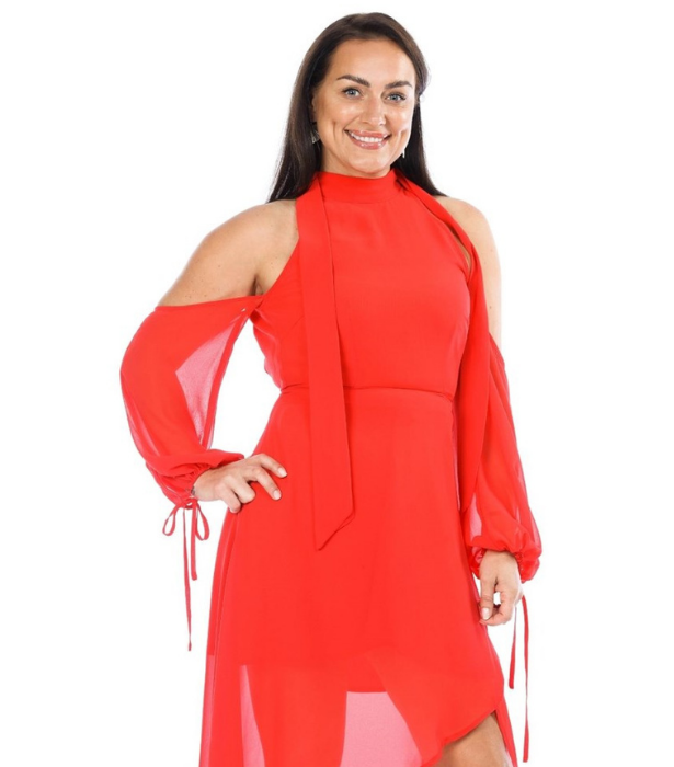 **Renata**<br><br> Renata, 45, is a cool and non-nonsense mum from Lithuania who isn't afraid to speak her mind - and may just ruffle a few feathers along the way. <br><br> Studying nursing as she works as a flight attendant in Adelaide, Renata wants the prize money to help provide for her kids and to travel back to Lithuania.