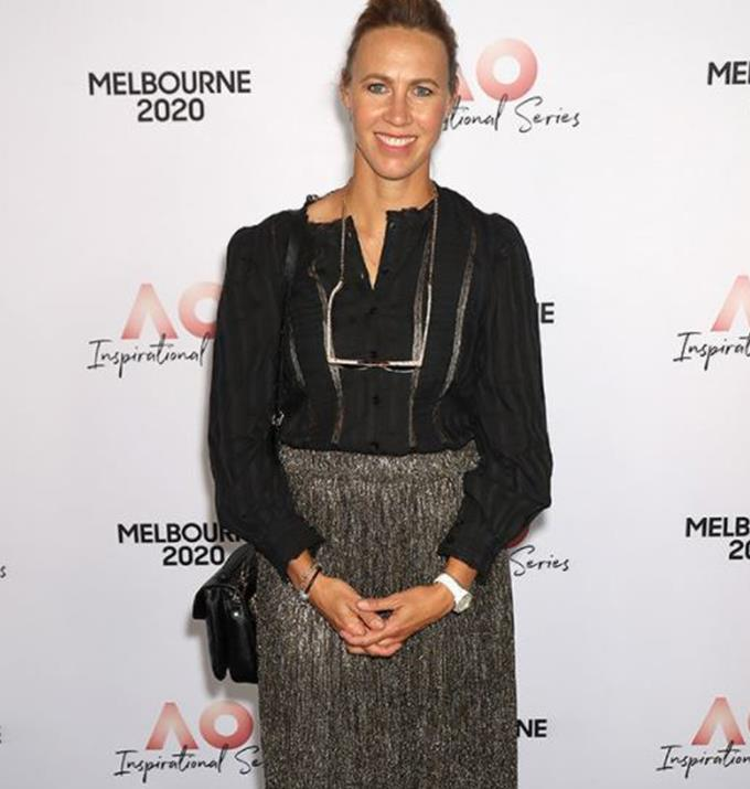 """**Alicia Molik, 40**  This former [tennis champ](https://www.nowtolove.com.au/celebrity/tv/nick-cummins-sas-transformation-66070
