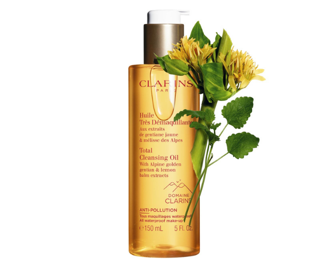 """**For all skin types, Clarins Total Cleansing Oil, $45, [shop it here.](https://www.adorebeauty.com.au/clarins/clarins-total-cleansing-oil-all-skin-types-150ml.html?queryID=dfb6d91208ce8ec0c6ec9e6a2d586c07 target=""""_blank"""")**"""