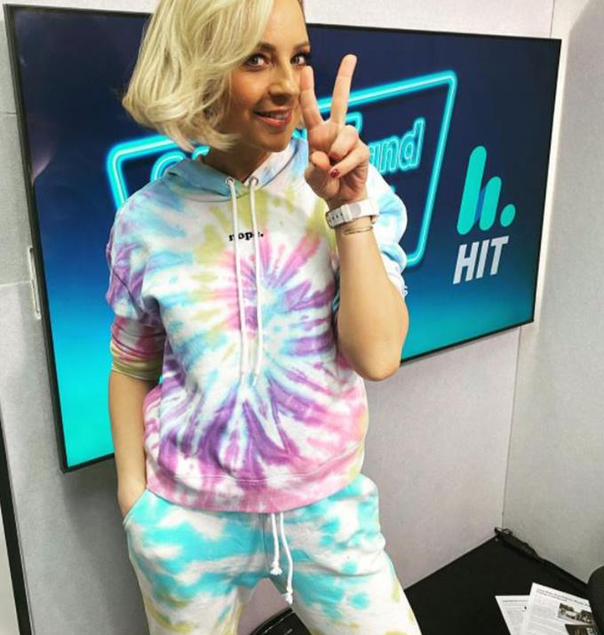 Styled by her son Ollie, Carrie looked great in the head-to-toe tie-dye ensemble.