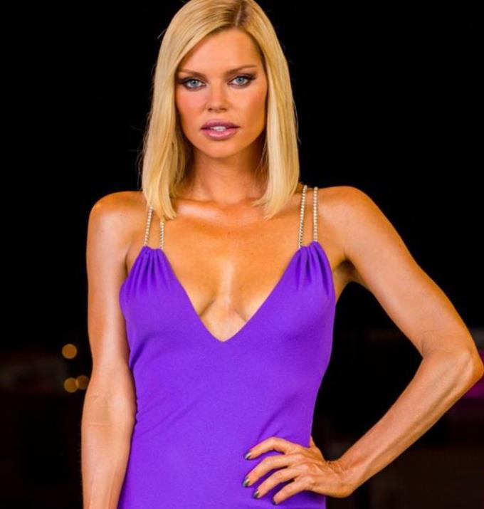 Sophie Monk knows what's good for you.