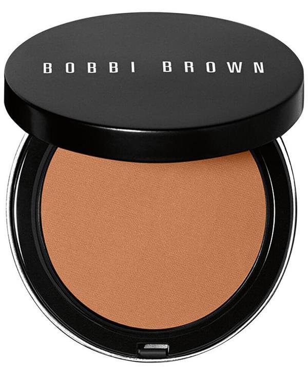 "Bobbi Brown Bronzing Powder, $69, [shop it here](https://www.mecca.com.au/bobbi-brown/bronzing-powder-golden-light/I-012424.html?gclid=Cj0KCQjws-OEBhCkARIsAPhOkIYV9EOesrQd1HZgZg9MCGmsUSMtphpOe_1chkJ6h-N0KQM5BXbb1O8aAoujEALw_wcB&gclsrc=aw.ds|target=""_blank"")"
