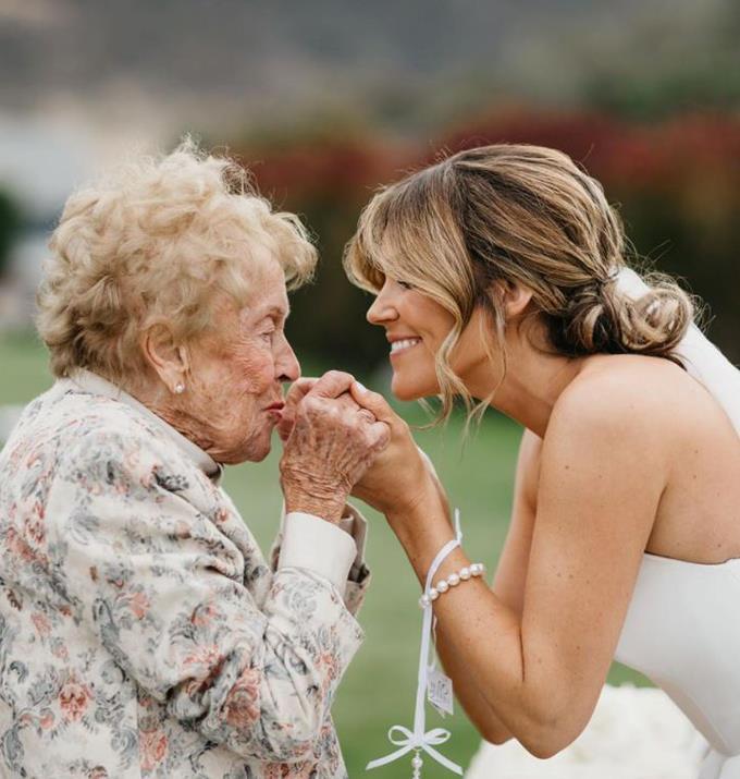 Georgia and her beloved Nana.