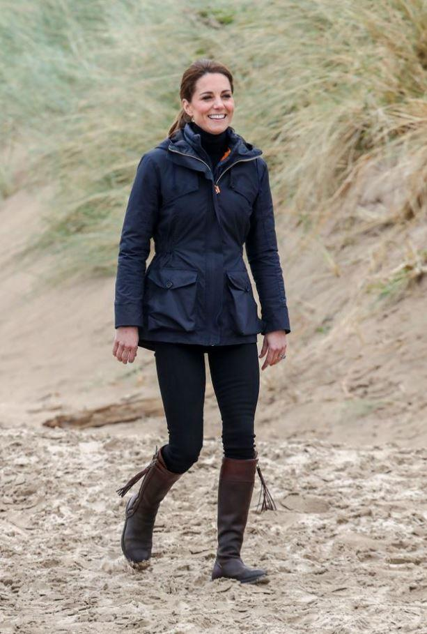 We can't go past a Kate Middleton rewear and *not* point out her love affair with her humble Penelope Chilvers boots. Long in stature, vegetable dyed leather, lined for perfect, cosy warmth... there's not much *not* to love about a Penelope Chilvers boot.