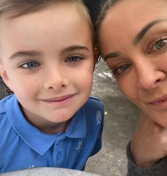 """**Michelle Bridges, 50** <br><br> In 2015 the trainer welcomed her first son, Axel, into the world at 45-years-old with her then-partner Steve 'The Commando' Willis. <br><br> Michelle has spoken about the abuse she received for having a child later in life in the *Raw Talks* podcast by *WHO magazine*. <br><br> """"When it did happen I was 43. I got a lot of heat for [becoming pregnant]. A lot of heat. And it was such a kick in the guts for me because I was so excited,"""" recounted Michelle."""