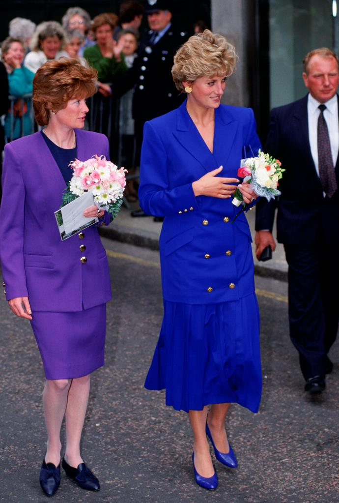 Kate's blue outfit was incredible similar to that of Diana's in 1992.