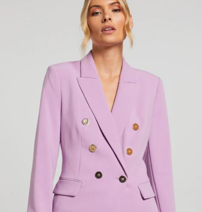 """Carrie's blazer is surprisingly on the affordable side (since blazers can be expensive) and the 'Best Foot Forward,' $103.36 can be [brought online here.](https://www.portmans.com.au/shop/en/portmans/jackets/blazers-364606-1/best-foot-forward-blazer-715590-light-mauve-1