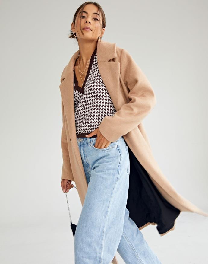 "Glassons Longline Button Front Coat, $129.99. **[Buy it online here](https://www.glassons.com/longline-button-front-coat-cl48621rpln-croissant target=""_blank"" rel=""nofollow"")**"