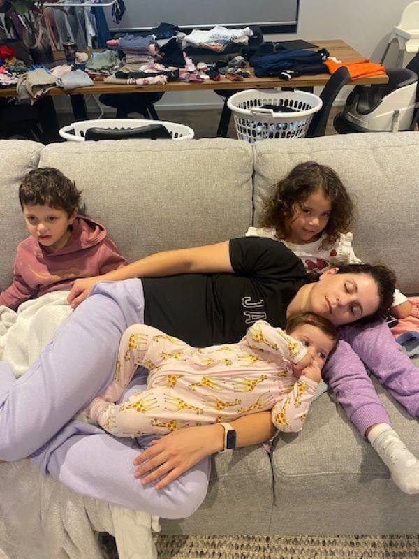 Adriana and her children.