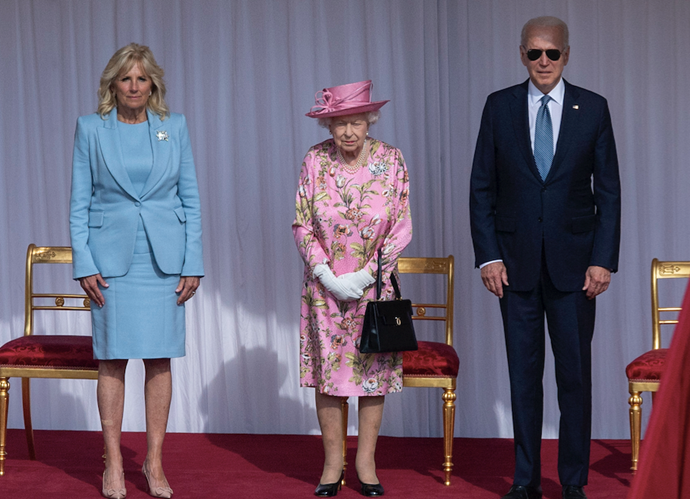 The Queen was flanked by the powerful US duo.
