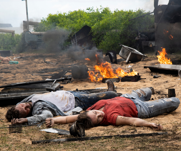 Emmett and Bella are knocked out by the blast