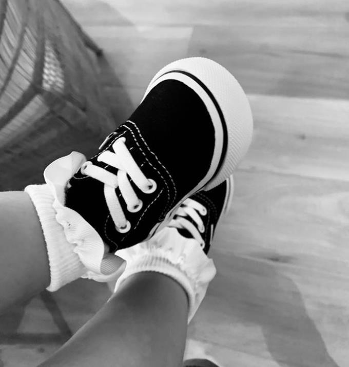 """Like any normal person Jesinta gushed over these too cute tiny weeny vans. <br><br> """"Baby Vans. I can't deal 🙈🥰,"""" she captioned the picture."""