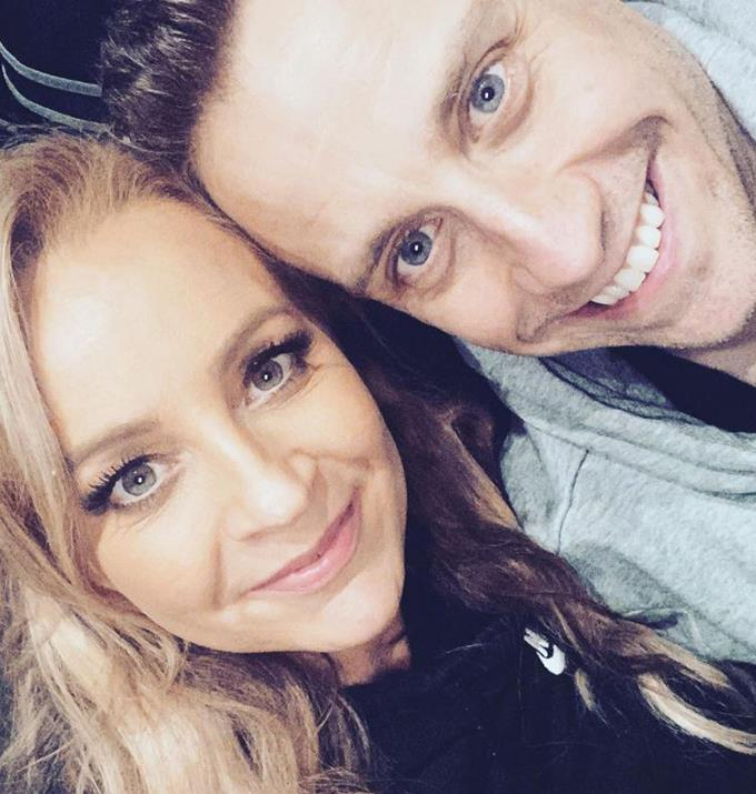 """Carrie posted this selfie to congratulate Chris on his incredible achievements as a producer on *The Weekly.*  <br><br> """"Congrats babe on an incredible season of The Weekly 👏The best yet I reckon!!! But more importantly congrats to you and the team on getting the show up in these tricky times, I know from overhearing your endless zooms in the lounge room that it's been incredibly challenging (but rewarding) for you all! Now breathe........❤️,"""" she wrote."""