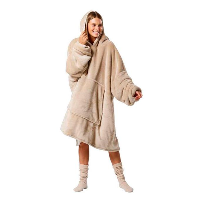 """Giant teddy bears have been setting the at-home fashion agenda since aaaages ago - Spotlight's hooded blanket is case in point. $100, **[buy it online here](https://www.spotlightstores.com/bed/bedding/throws-blankets/koo-hooded-blanket/BP80545221-biscuit target=""""_blank"""" rel=""""nofollow"""")**"""