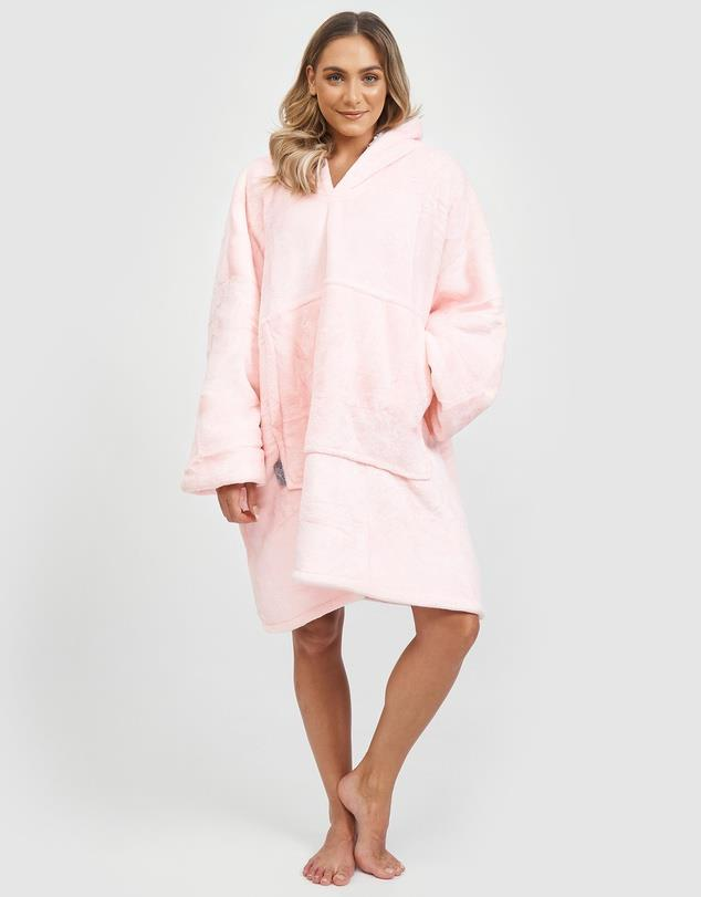 """Miz Casa And Co also do a fluffy pink hooded blanket to rival all others. $89, **[buy it online here](https://www.theiconic.com.au/luxury-hooded-blanket-1079081.html target=""""_blank"""" rel=""""nofollow"""")**"""