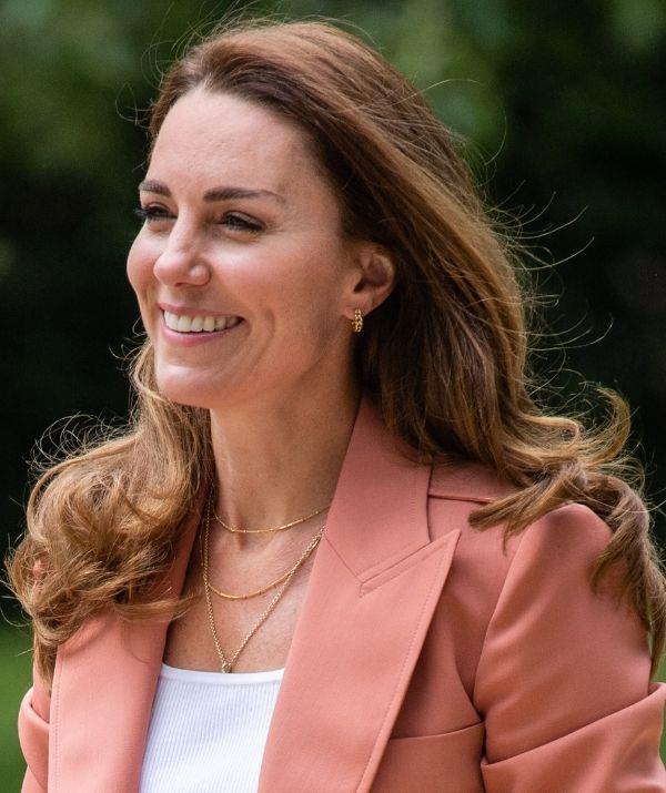 **The Duchess of Cambridge, Kate Middleton**  <br><br> Long layers are back after taking a hiatus to make way for blunt cuts. The trend is great for summer 2021 because it creates a sense of lightness.