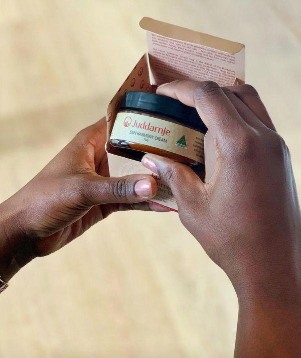 **Juddarnje** <br><br> This company is a part of the Bundjalung tribe from Northern New South Wales. Juddarnje uses nutritional and medicinal values to create their products.