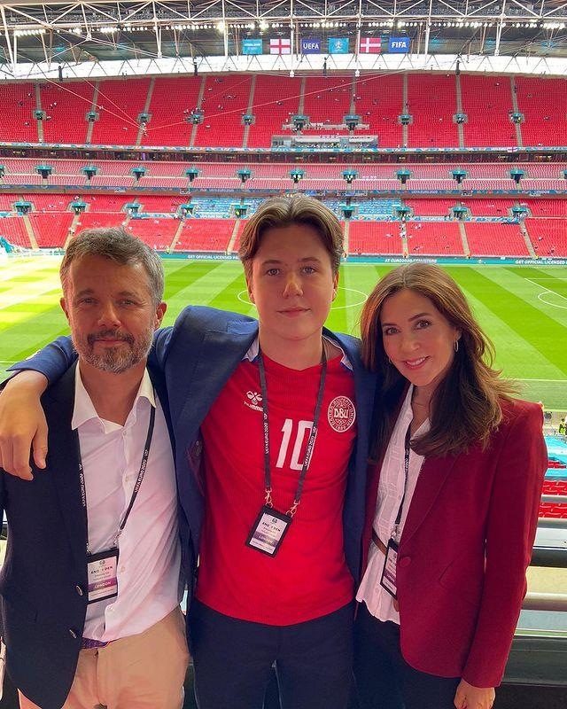 Mary, her teenage son Christian and Prince Frederik of Denmark joined in the evenings events.