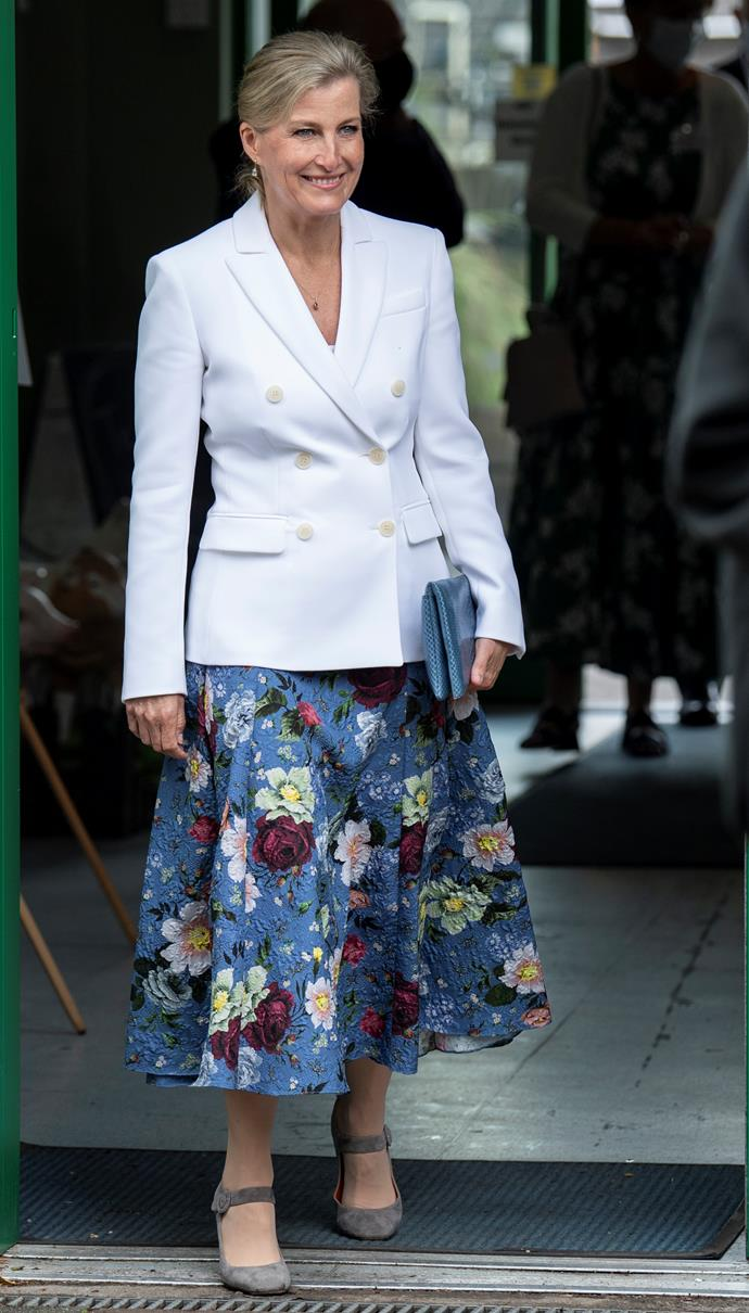 Sophie looked stunning in whites and florals for her day at the farm.