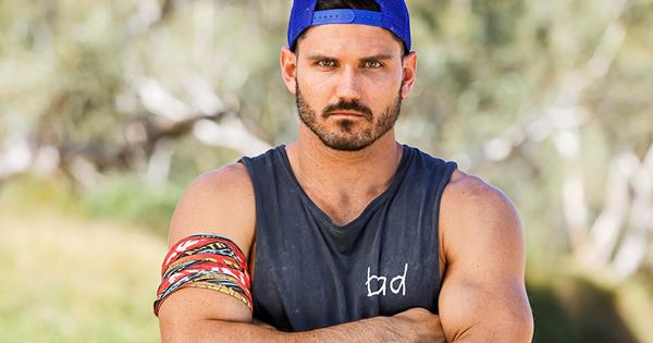 EXCLUSIVE: Simon doesn't care what people think of him on Survivor
