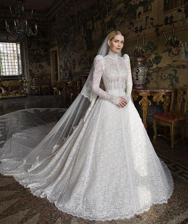 """She's not technically a royal, but Lady Kitty Spencer deserves a spot on this list after donning not one but [five wedding dresses when she tied the knot](https://www.nowtolove.com.au/preview/royals/british-royal-family/lady-kitty-spencer-wedding-dress-68475