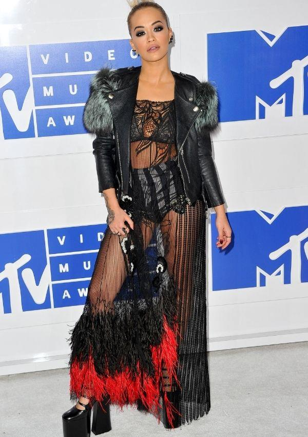 **MTV Music Awards, 2016** <br><br> Her love of feathers continued in 2016 with this rock'n'roll outfit designed by Marc Jacobs.