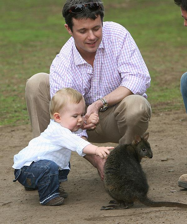 Though the little prince seemed to take some convincing when it came to the local wildlife.