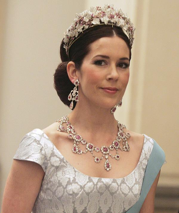 """**Princess Mary of Denmark** <br><br> The Australian-born princess suffered a [heartbreaking tragedy when her mother died](https://www.nowtolove.com.au/royals/international-royals/princess-mary-opens-up-about-losing-her-mum-so-young-3154