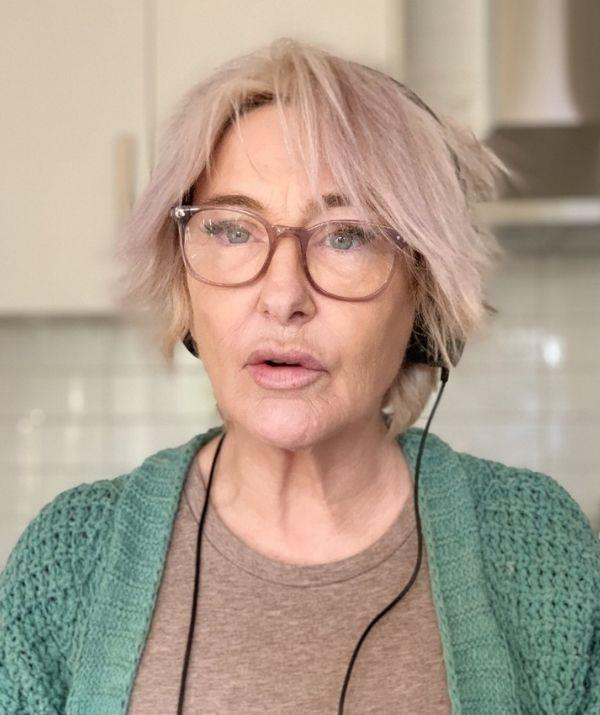 """**Fiona O'Loughlin** <br><br> Australian comedian Fiona O'Loughlin has had a public and lifelong battle with alcoholism, but when she was finally diagnosed with ADHD in 2021, her life changed for the better.  <br><br> Speaking with *[Woman's Day](https://www.nowtolove.com.au/celebrity/celeb-news/fiona-oloughlin-after-im-a-celebrity-68146