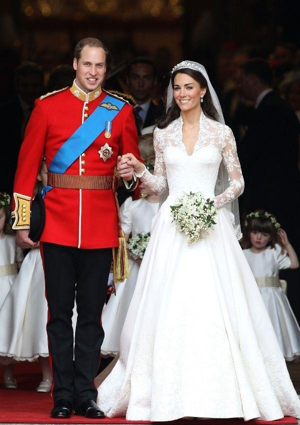 """**Kate Middleton** <br><br> Grace famously inspired [Kate's wedding dress](https://www.nowtolove.com.au/royals/british-royal-family/kate-middleton-cried-royal-wedding-dress-63688 target=""""_blank"""") designed by Alexander McQueen's Sarah Burton. <br><br> From the high neck lace bodice to the cinched  waist, it was the perfect homage to the Hollywood actress. <br><br> In a statement written by the palace, it cited why Kate chose Sarah as the designer and their artistic vision. <br><br> """"Miss Middleton chose British brand Alexander McQueen for the beauty of its craftsmanship and its respect for traditional workmanship and the technical construction of clothing. <br><br> """"Miss Middleton wished for her dress to combine tradition and modernity with the artistic vision that characterizes Alexander McQueen's work,"""" said the statement."""