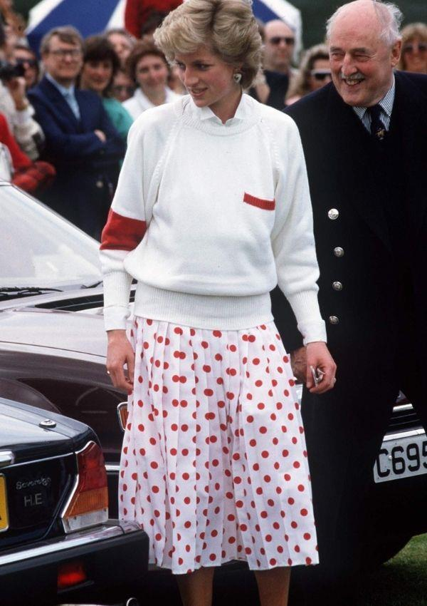 Princess Diana forecasted jumpers and midi-skirts back in 1986. Sure, the polka dots here are a little loud, but Diana's red and white pairing is to die for.