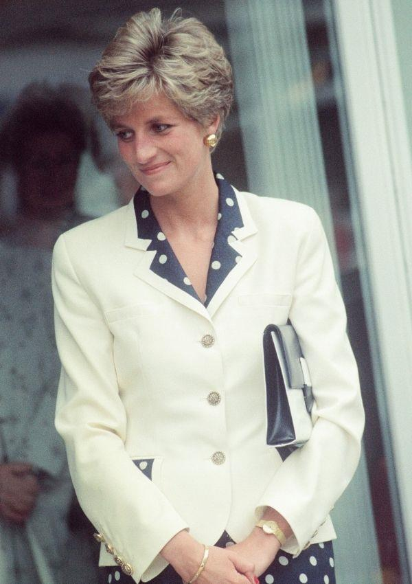 In 1991, Diana was as in love with polka dots as ever. But years after her red look, she put together a more refined and polite polka dot blazer and skirt set.
