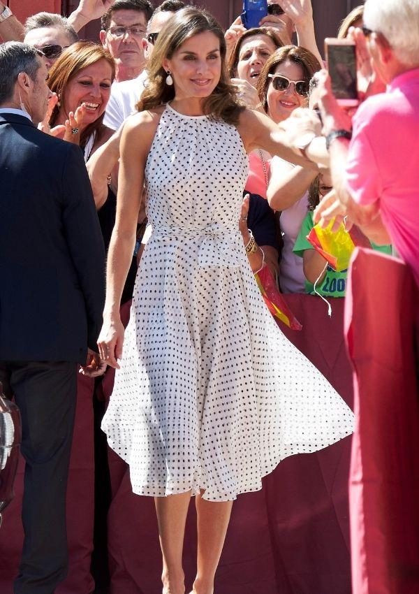 This dress Letizia wore to an event in 2018, and we can just picture wearing this outfit as we holiday on the Amalfi coast. Oh, Letizia, you never miss!
