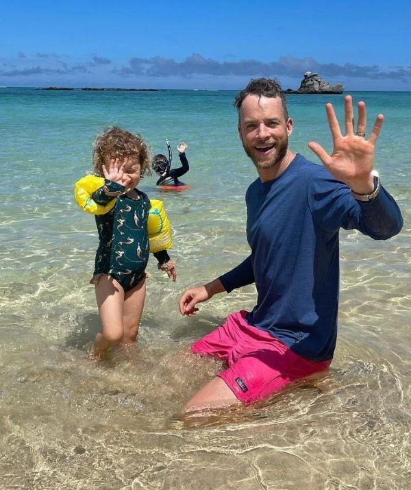 """It took 250 days of lockdown, but Hamish has finally stumbled upon the """"horizontal bungee."""" <br><br> The comedian has one-upped himself, and his daughter, Rudy, is clearly chuffed with his work. <br><br> Hamish shared a video on his Instagram of the """"Floor Bungee,"""" and he captioned it, """"Can't believe it took us over 250 days in lockdown to discover horizontal bungee! 🙂."""" <br><br> Plenty of parents can relate to going stir-crazy in lockdown, but at least, for Rudy's sake, her dad is making the most of it.  <br><br> **See the hilarious video below to watch Hamish's genius floor bungee in action.**"""