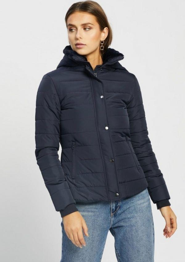 """Feel sophisticated like Kate with this Atmos & Here Emma Hooded Puffer Jacker, $83.99 from The Iconic. You can find it [here.](https://go.skimresources.com?id=105419X1569321&xs=1&url=https%3A%2F%2Fwww.theiconic.com.au%2Femma-hooded-puffer-jacket-1209168.html target=""""_blank"""")"""