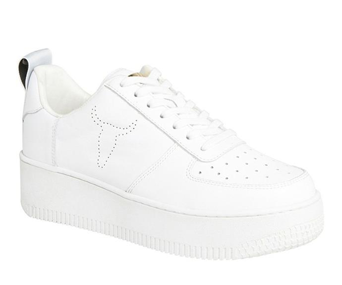 """[Shop the Windsor Smith Racerr White Leather Platform Sneaker here on sale for $99.](https://fave.co/3kxYTIn target=""""_blank"""" rel=""""nofollow"""")"""