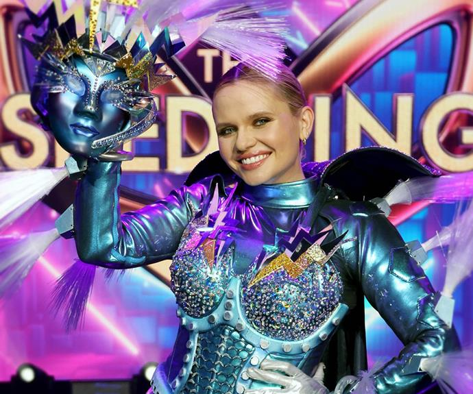 """**Lightning: Alli Simpson** <br><br> Her big brother Cody won the first ever Australian season but model and actress Alli didn't make it to the finale. """"What an absolutely surreal & incredible few weeks of my life.. [becoming Lightning](https://www.nowtolove.com.au/reality-tv/the-masked-singer/who-is-lightning-masked-singer-69253 target=""""_blank"""") was super empowering for me - especially being the young girl that could not sing in front of anyone without crying of nerves first,"""" Alli wrote on Instagram after her unmasking."""