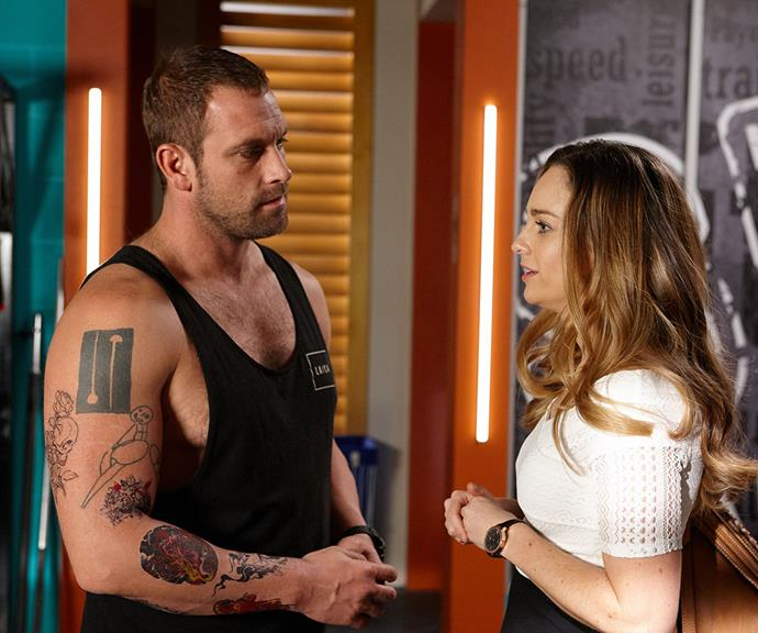 """After learning that there is a long waiting list for donor sperm at the fertility clinic, Tori asks Robbo (Jake Ryan) to father her baby. <br><br> Robbo is """"stunned"""" by Tori's request and is further complicated by his relationship with Jasmine Delaney (Sam Frost).  <br><br> Tori gives Robbo the chance to back out but he goes through with it."""