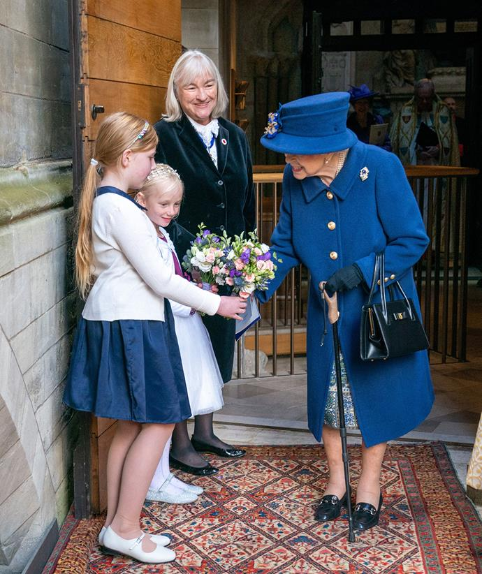 The last time the Queen was seen relying on a walking stick was back in 2003.