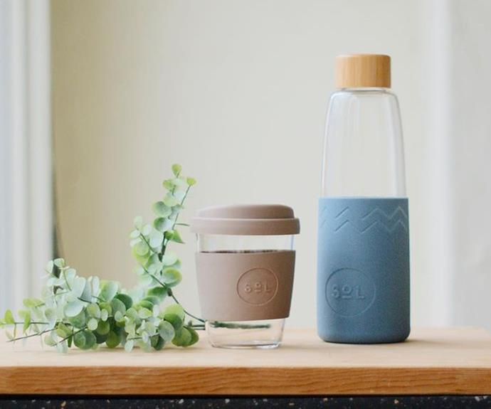 """**[SoL reusable cups and bottles](https://fave.co/3BIMCHq target=""""_blank"""" rel=""""nofollow"""")** <br> Sustainability is the name of the game as we head into 2022. Make someone's morning coffe and daily water intake a little more environmentally friendly with these glass cups and bottles available in a range of colours from SoL. <br><br> ***[Shop the SoL Reusable Glass Cup, $29.95, and Reusable Glass Bottle, $35.99, from Flora and Fauna.](https://fave.co/3BIMCHq target=""""_blank"""" rel=""""nofollow"""")***"""
