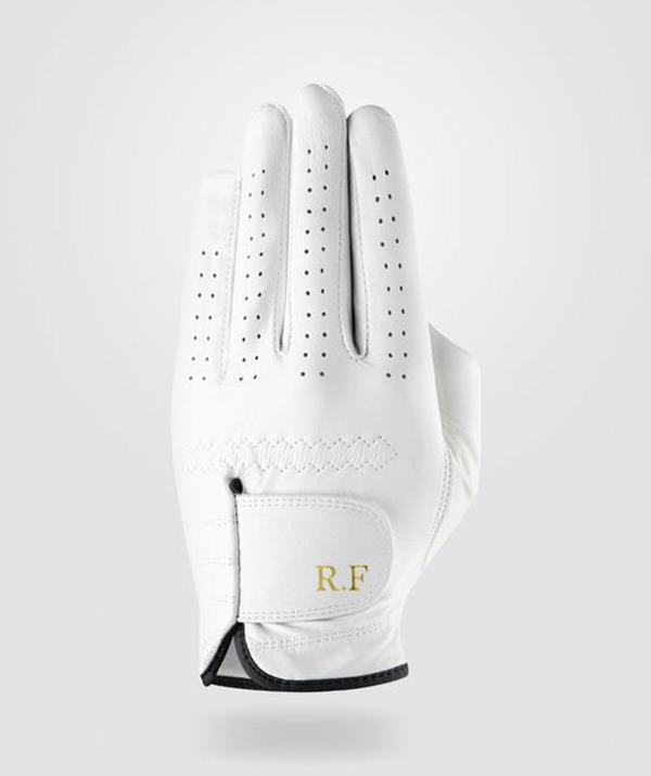 """**Personalised golf glove** <br><br> For the golf aficionados in our lives, this monogrammed leather glove is a sure-fire hit. Mr Golf's  Premium Cabretta Leather Golf Glove is comfortable, durable, and comes with personalised initials or numbers.  <br><br> You can pick from a range of colours and sizes to make the glove unique for your nearest and dearest golf enthusiast. <br><br> Premium Cabretta Leather Golf Glove, $39.99, [Mr Golf](https://mrgolf.com.au/products/personalised-premium-cabretta-leather-golf-glove-men-white?variant=31820471468168&currency=AUD&utm_campaign=gs-2018-10-21&utm_source=google&utm_medium=smart_campaign&gclid=CjwKCAjwh5qLBhALEiwAioods30YD6-BxKNbPKAqcbE4NkGVI82Q3yWD1e9EJMyz_NLVhOOlbKsFkxoC4QMQAvD_BwE