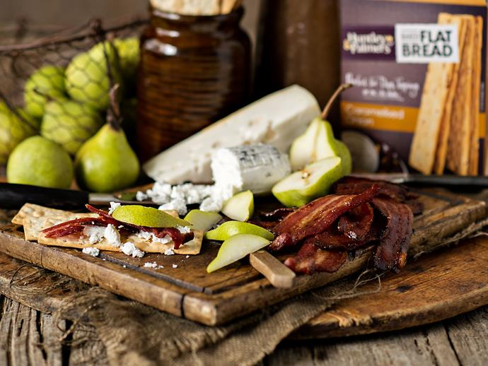 Goat's cheese, smoky bacon and fresh pear