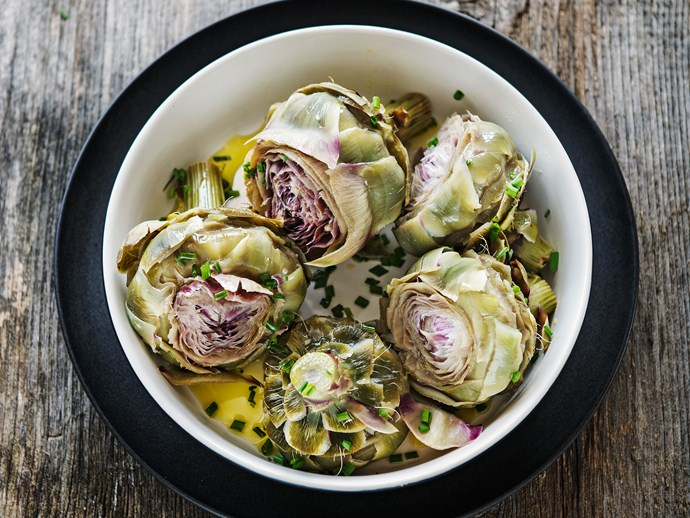 Artichokes may seem tricky to prepare but you can do it quite simply.