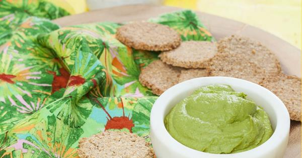 smart snacking walnut and oat crackers with detox hummus