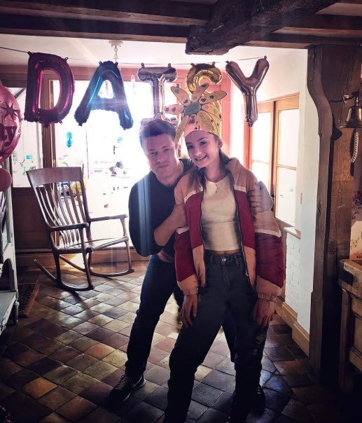 Jamie Oliver celebrates daughter Daisy's fifteenth.